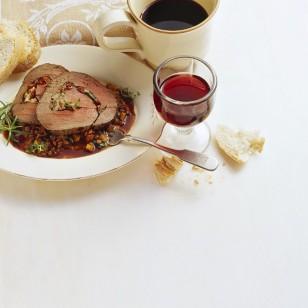 Un guiso cocinado con vino