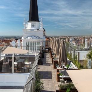 Terraza del Hotel ME Madrid en Plaza de Santa Ana