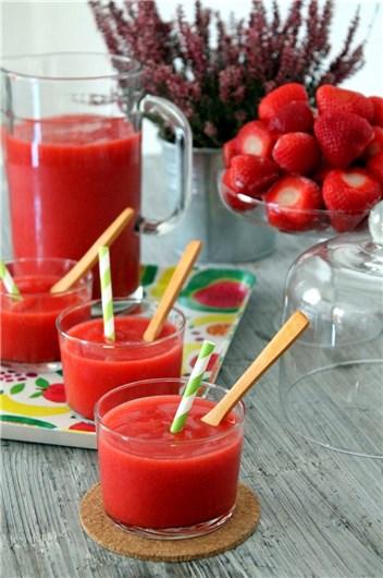 3-receta-smoothie-fresas-te-verde