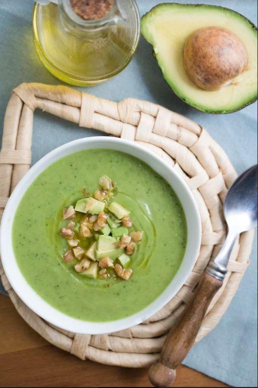 receta-sopa-fria-aguacate-pepino2