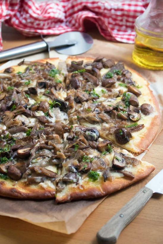 receta-casera-facil-pizza-setas