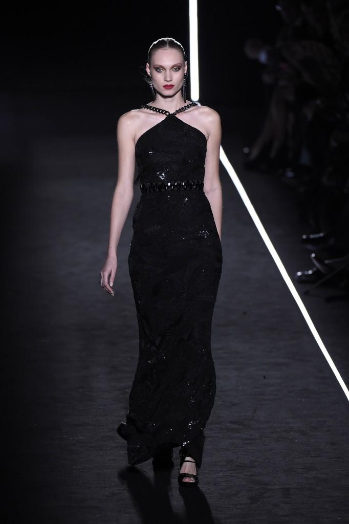 Vestido negro de fiesta de Varela