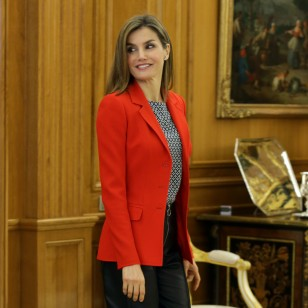 La Reina Letizia, con look 'made in Spain'