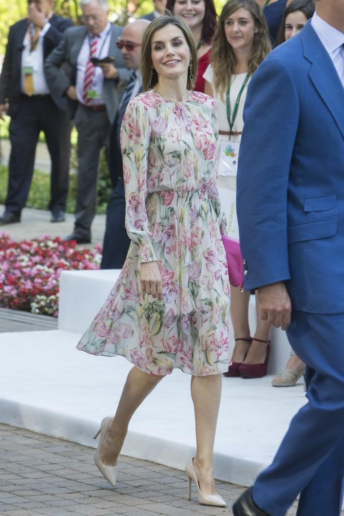 La Reina, con vestido de Zara