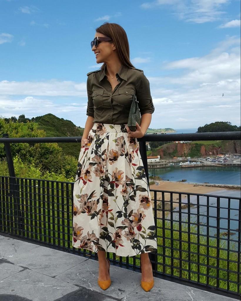 Este dos piezas con blusa de H&M y falda de Zara de Paula Echevarría
