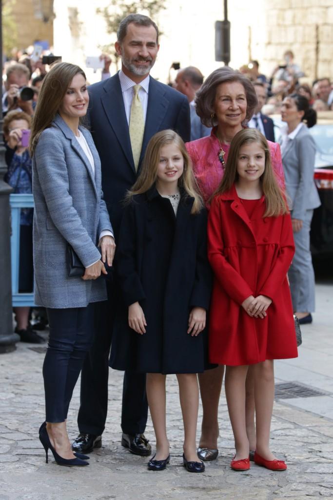 Los reyes Felipe y Letizia, la reina Sofía, la princesa Leonor y la infanta Sofía