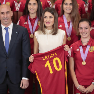 Spanish Queen Letizia Ortiz with Luis Rubiales and soccerplayer Eva Maria Navarro during the royal audience to Spain female under 17 team after winning Euro 2018 in Madrid on Thursday , 05 July 2018