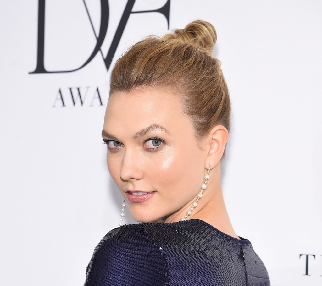 NEW YORK, NY - APRIL 06:  Model Karlie Kloss attends the 2017 DVF Awards at United Nations Headquarters on April 6, 2017 in New York City.  (Photo by Jamie McCarthy/Getty Images)