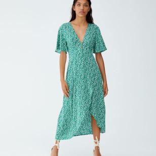 Vestido estampado de Pull & Bear 29,99 €