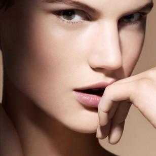 Una piel perfecta es una piel que irradia luminosidad. Esto es lo que consiguen estas innovadoras fórmulas.