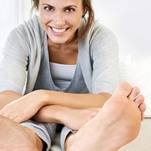 Controla el sudor de tus pies con antitranspirantes