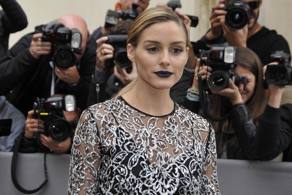 Olivia Palermo con labios tenebrosos