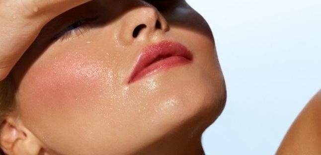 Sí, las pieles grasas necesitan hidratarse | mujerhoy.com