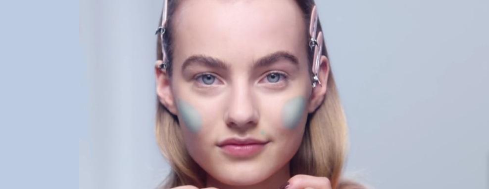 dior-maquillaje-cara-corrector-verde