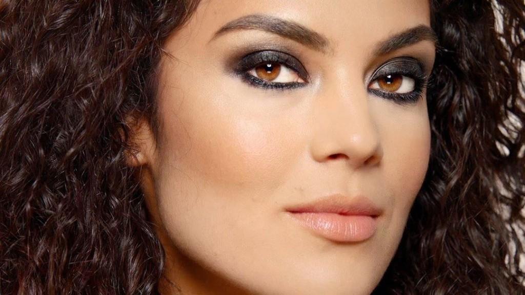 Maybelline-maquillaje-smokeyliner-ojos-eyeliner