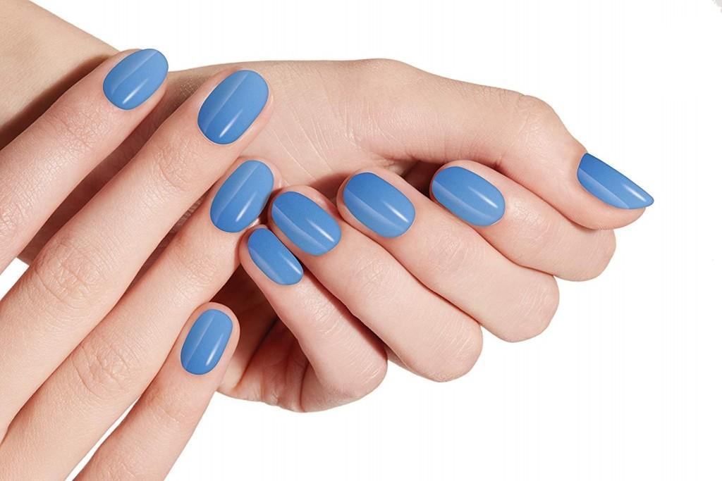 Diez Lacas De Uñas Azules Para Dar A Tu Manicura El Toque