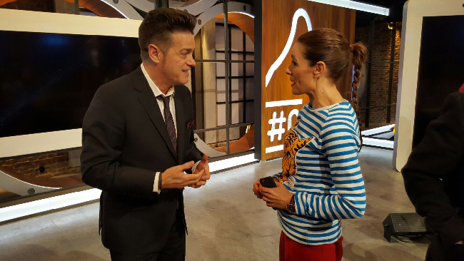Raquel Sánchez Silva, con Santiago Auserón en Likes