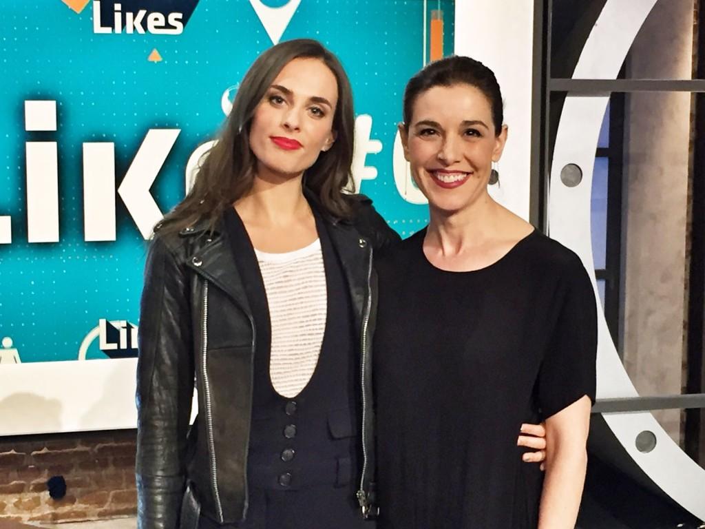 Sophie Auster, con Raquel Sánchez Silva en Likes