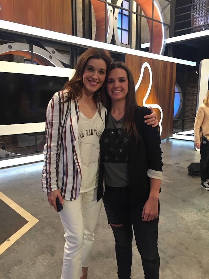 Cristina Gutiérrez, con Raquel Sánchez Silva